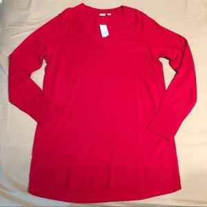NWT Red V-Neck Gap Maternity Sweater